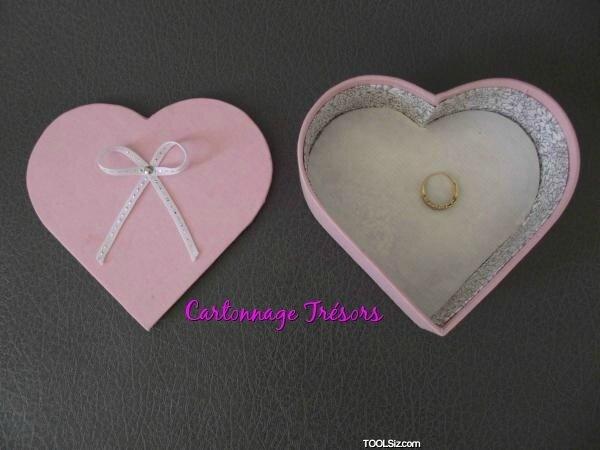 Cartonnage Boite coeur baguier- Boite à bijoux