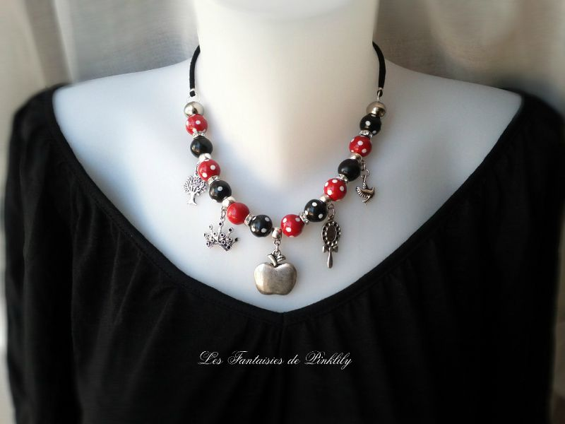Snow White, collier porté 25€ (vendu)
