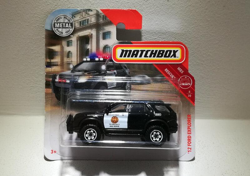 Ford Explorer de 2012 (Matchbox)