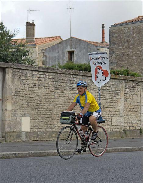 Niort cyclos parade cardiaques 120812