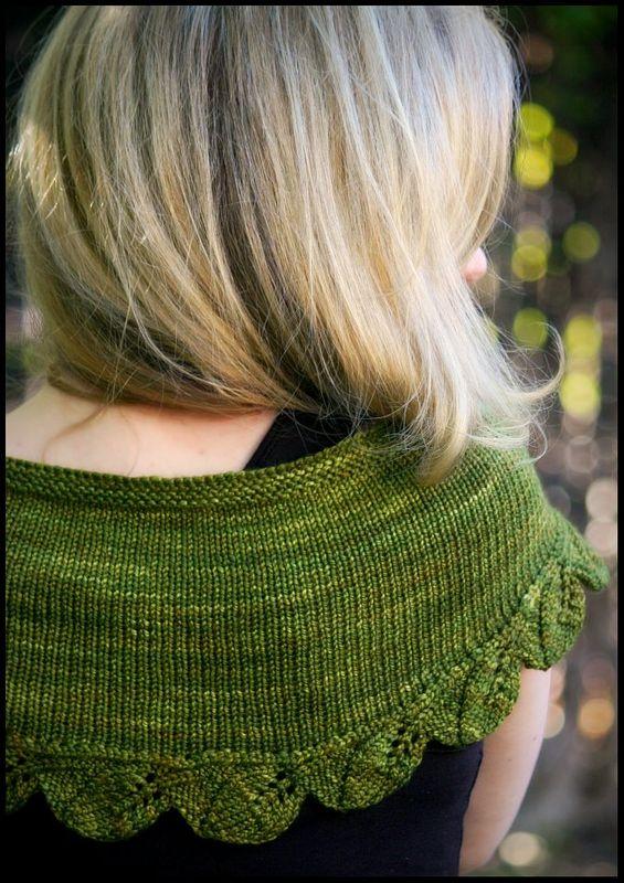 cedar leaf shawlette by alana dakos