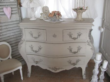 commode galbé 001