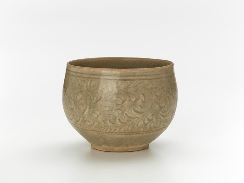 Bowl with small foot ring, Vietnam, 13th century-14th century