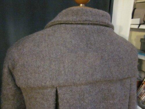 Manteau AGLAE en laine bouillie taupe chiné fermé par un noeud (8)
