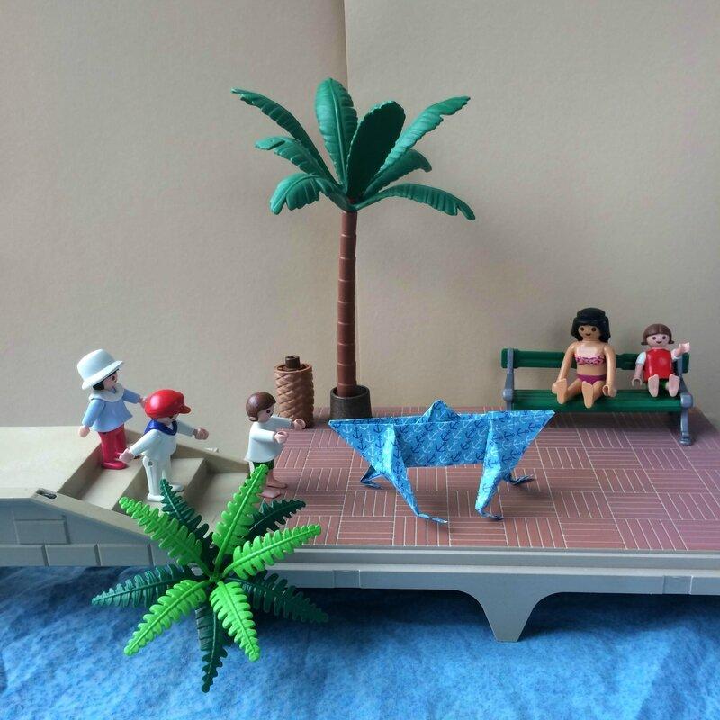 Origami bateau jambes