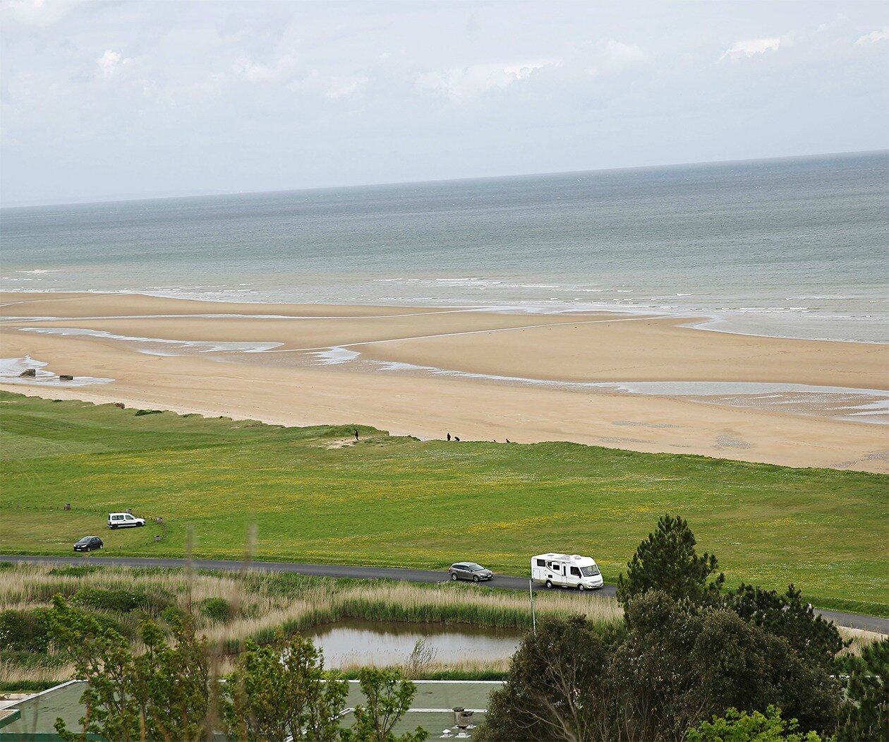 A-view-of-Omaha-Beach-on--001