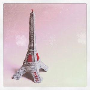 tour_Eiffel_au_crochet_