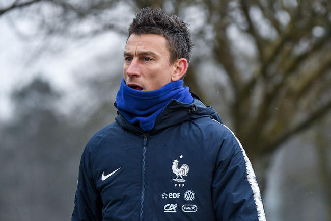 edf-koscielny-tire-un-trait-definitif-sur-sa-carriere-en-bleus-iconsport_icon_dib_190318_20_40,233255