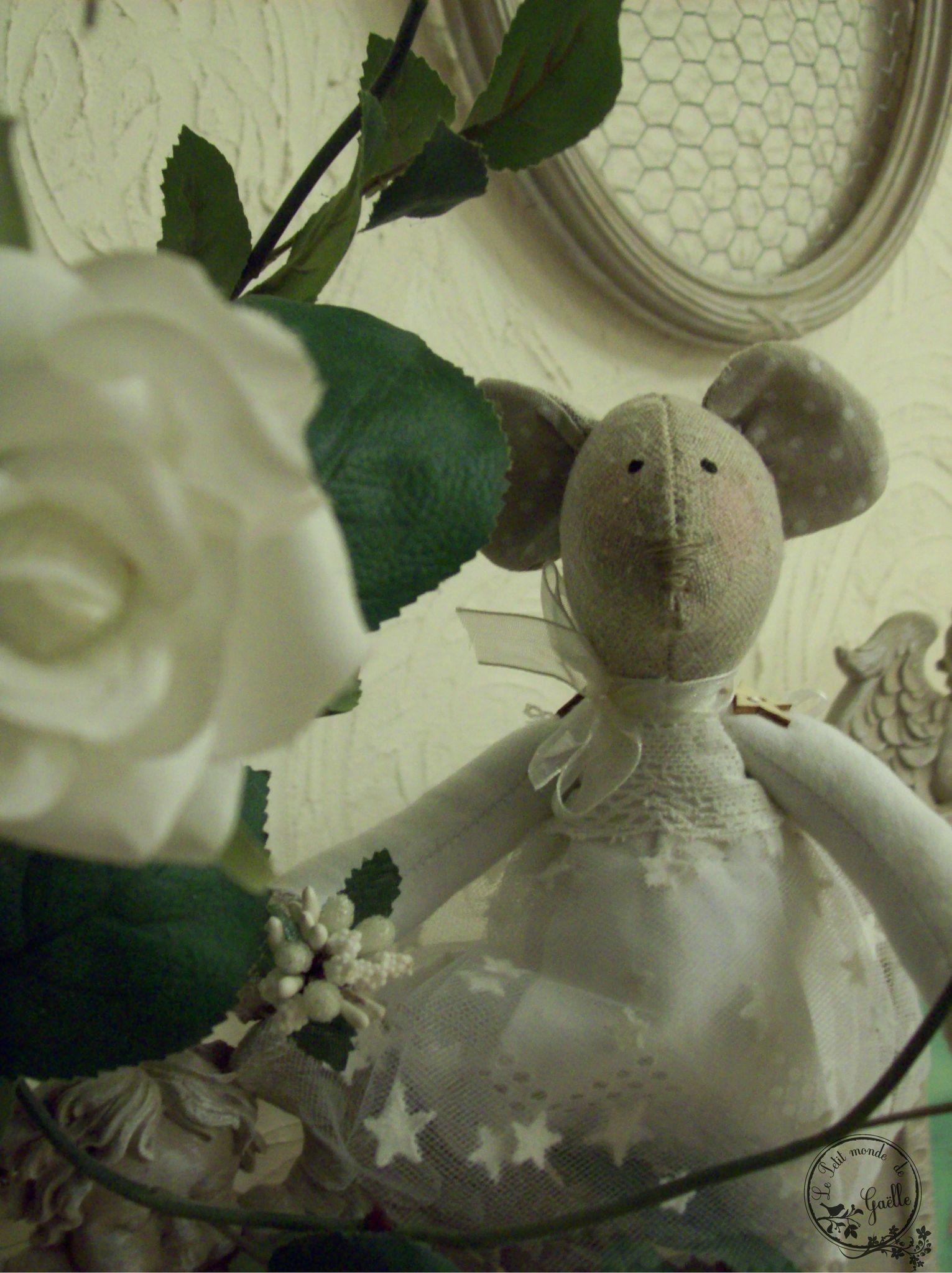 Mademoiselle Souris prête à se marier...