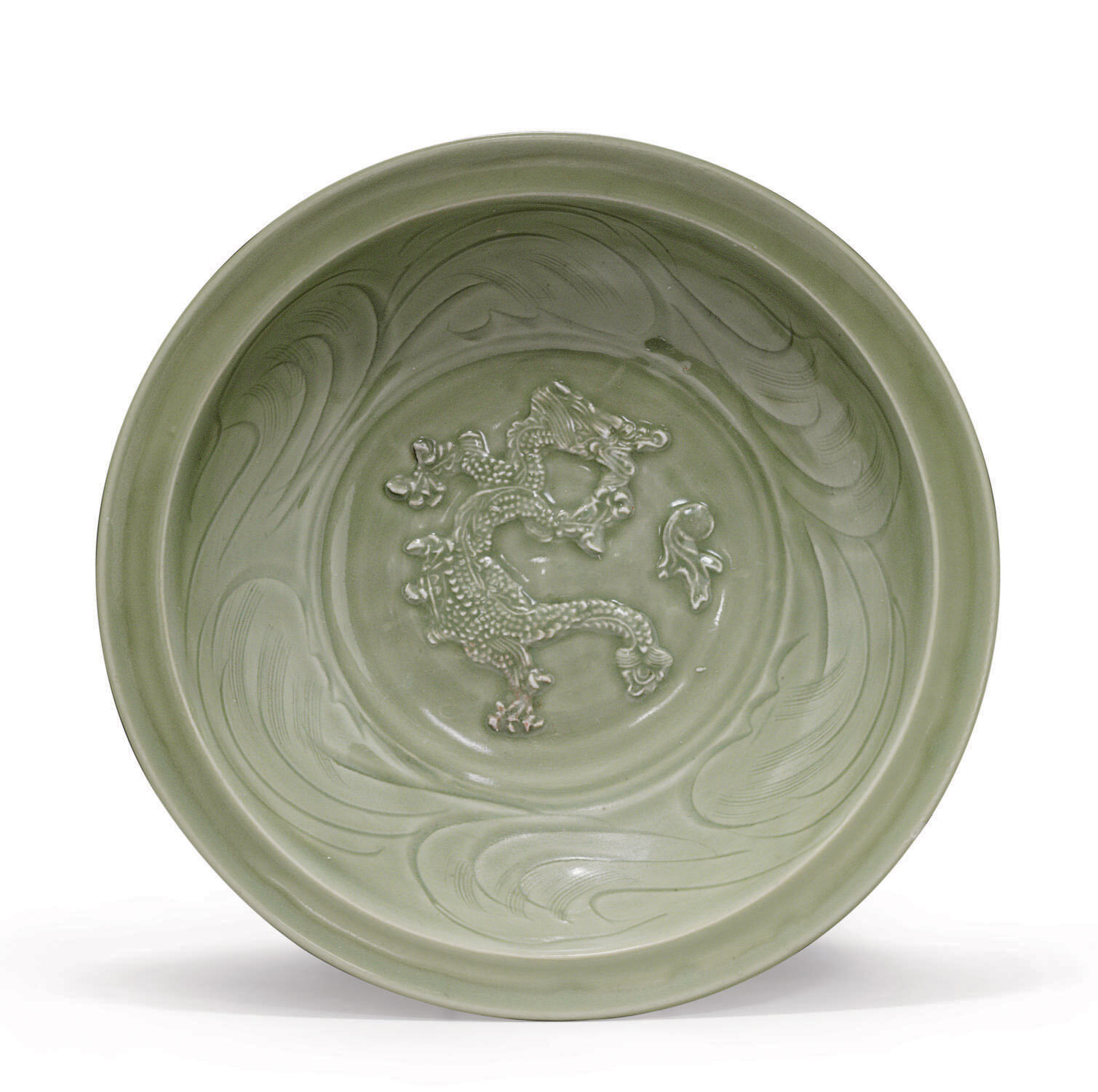 A Longuan celadon 'dragon' dish,Yuan dynasty (1279-1368)