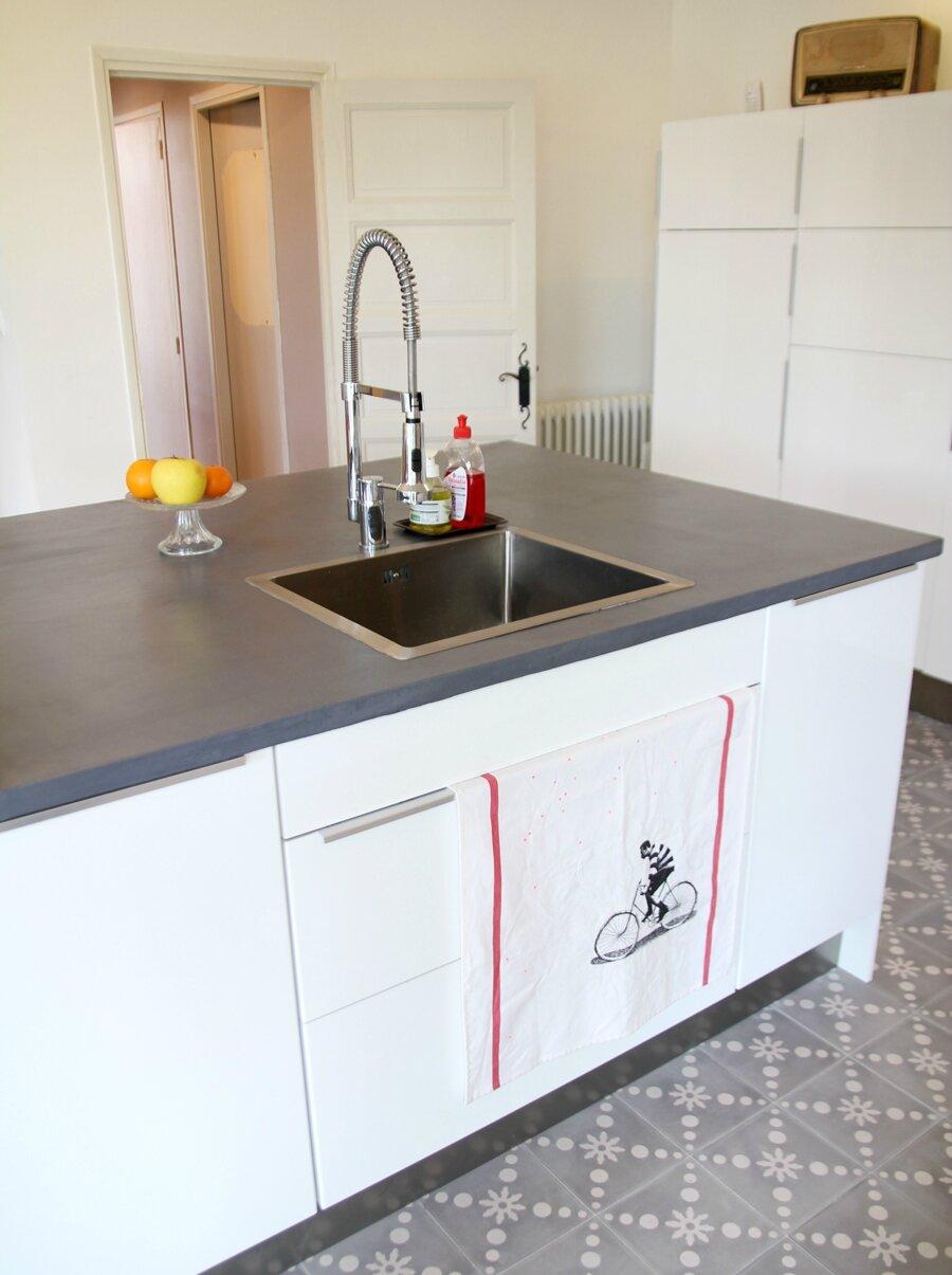 home la cuisine barnab aime le caf. Black Bedroom Furniture Sets. Home Design Ideas