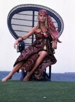 Wicker_sitting_inspiration-brigitte_bardot-1968-by_dussart-2
