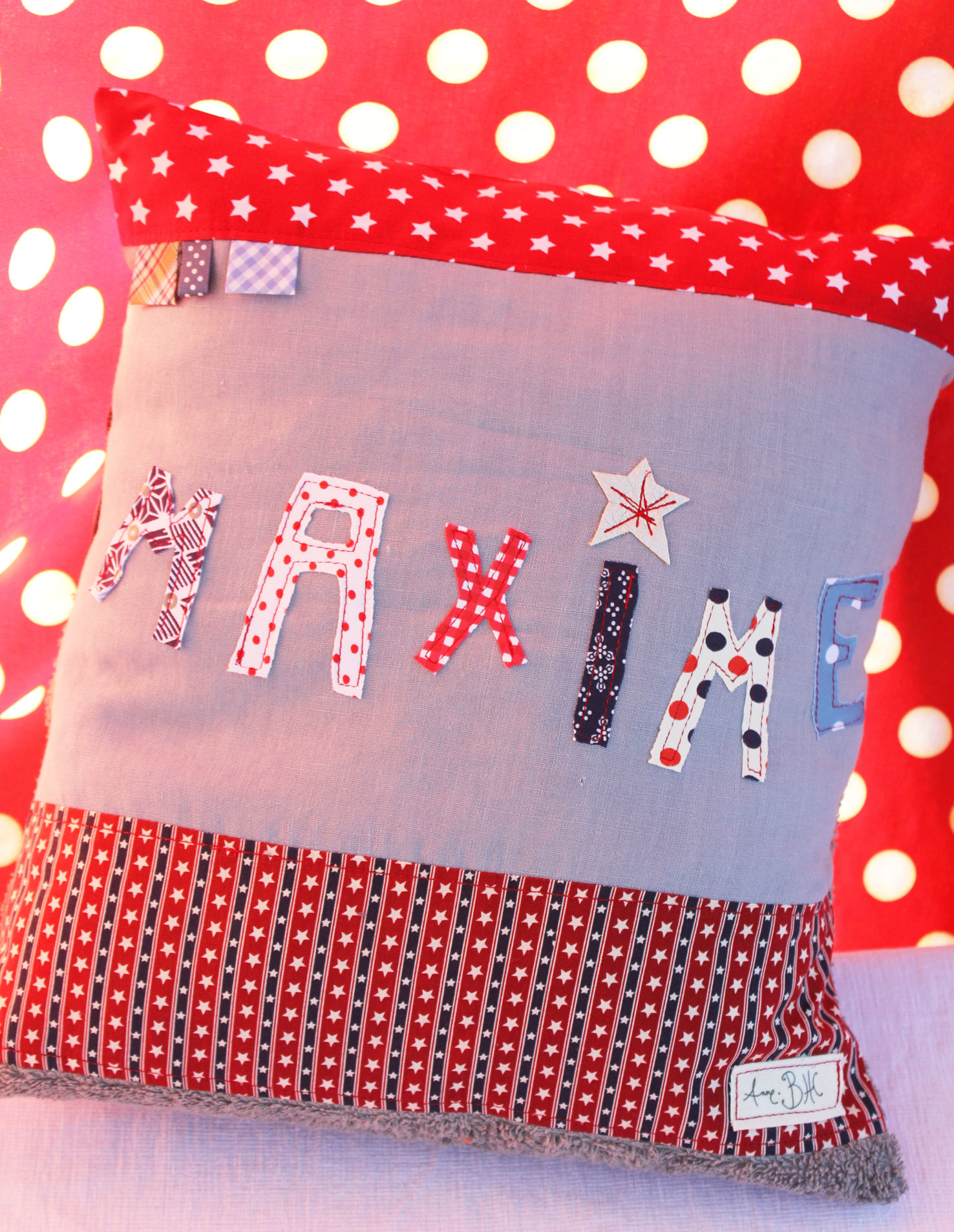 COUSSIN CARRE