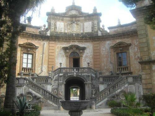Villa_Palagonia_01