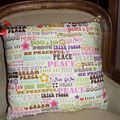coussin Peace & Love