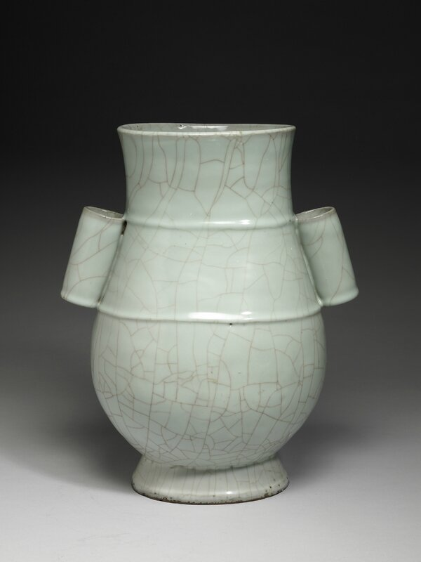 Vase with tubular lug handles in celadon glaze, Guan ware, Southern Song dynasty, 12th-13th century
