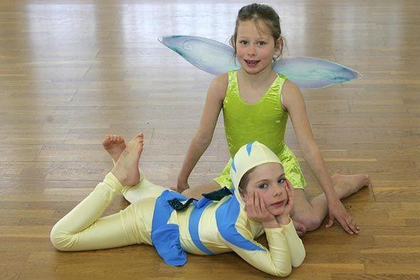 2007 Camille prépare un spectacle de natation synchronisée