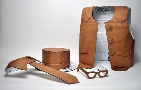 cardboard_outfit_1_