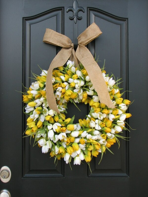 Tulips-Wreaths-for-Front-Door