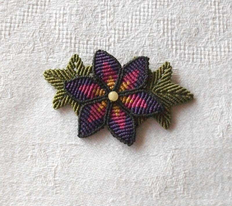 2ème broche fleur