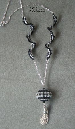 COLLIER_HELICE_LUNABEAD