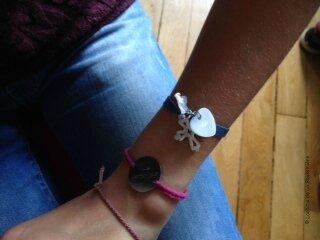 Le bracelet Sainte Trinité de Philippine (sur ruban élastique)