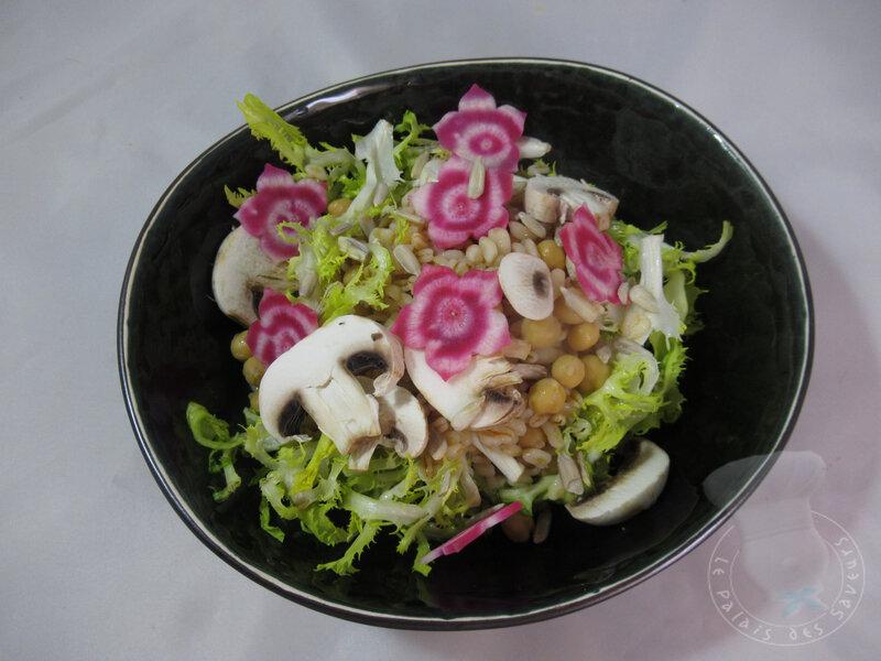 Salade de blé, betterave et champignons