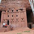 église dans la roche à Lalibela