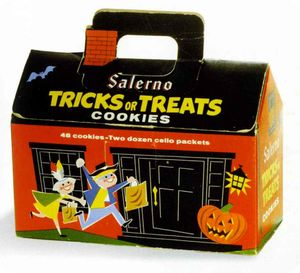TRICKS_OR_TREATS_COOKIES_BOX_1956_KRAZY_KIDS_FOOD_TASCHEN
