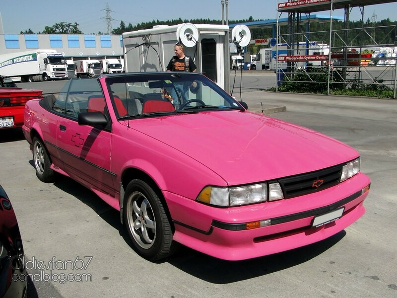 chevrolet-cavalier-z24-convertible-1988-1990-01