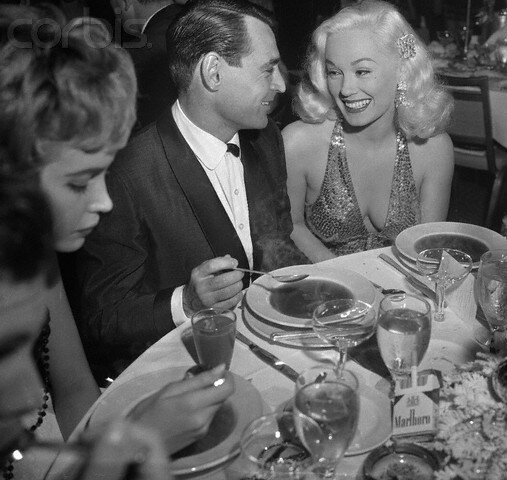1957-12-21-LA-beverly_hilton-grand_ballroom-thalians_annual_dinner-mamie_ray-1