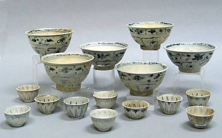 A group of six blue and white bowls and ten small cups. Late 15th/Early 16th Century