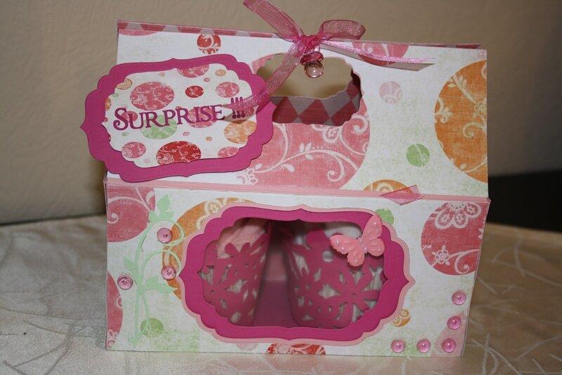 Carte, cupckes et cadeau de naissance 04