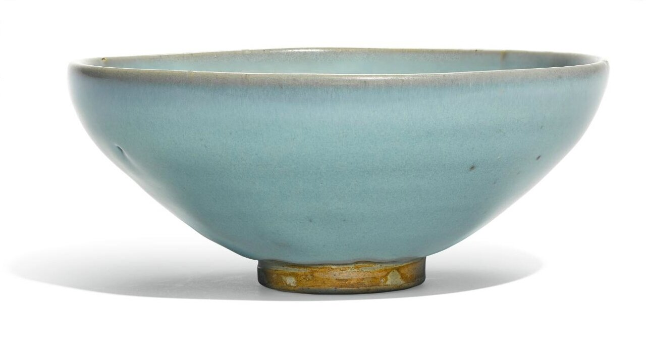 A 'Jun' blue-glazed bowl, Song-Jin dynasty