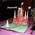 Gâteau Château de princesse tout rose avec bougies