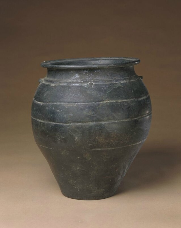 Black pottery pot, Neolithic, Longshan culture (3000 BC - 1900 BC), high 26