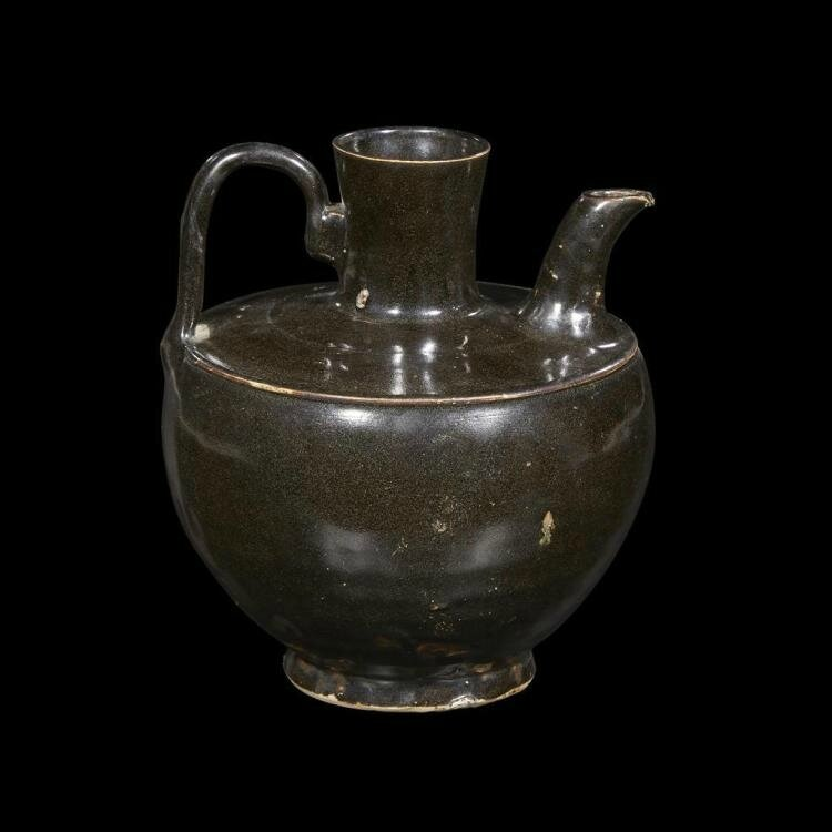 A Chinese black-glazed ewer, Five dynasties-Northern Song dynasty (907-1126)