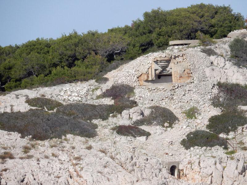 Otok Smokvica Vela, bunkers, vendredi 30 octobre 2020