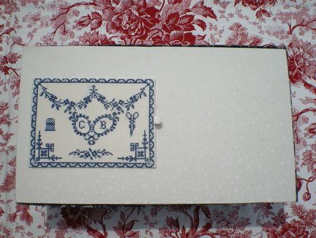 Couvercle broderie Sajou
