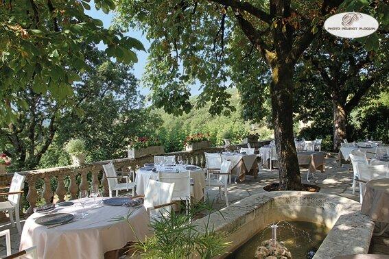 SAINT_MEDARD_restaurant_LE_GINDREAU_la-terrasse