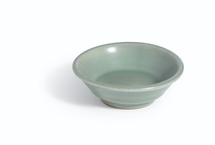 A_fine__Longquan__celadon_washer__Southern_Song_Dynasty