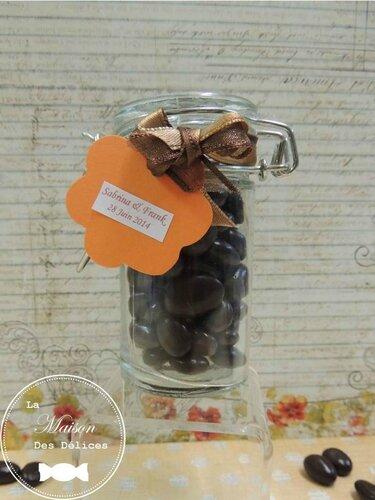 bocal verre raisin sauternes contenant dragées mariage original amande avola chocolat qualité