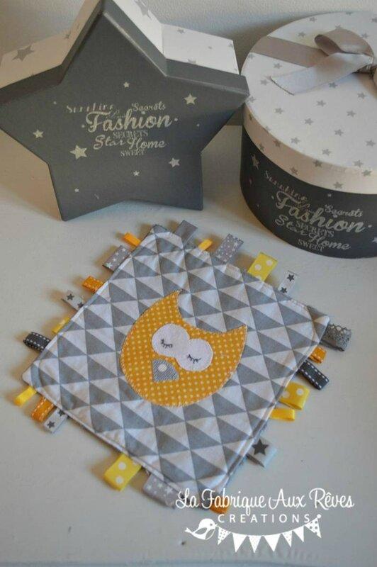doudous étiquettes jaune gris hibou chouette étoiles pois - cadeaux naissance gris jaune