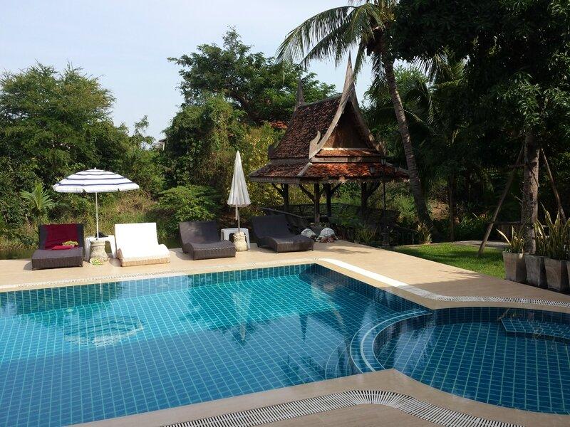 Piscine du Baan Thaï House