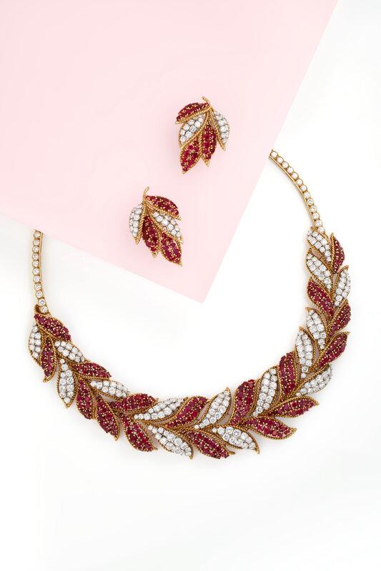 2021_NYR_19929_0051_005(van_cleef_arpels_set_of_ruby_and_diamond_jewelry034528)