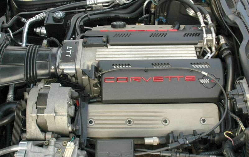 Corvette-LT1-engine-DSC_0083_a