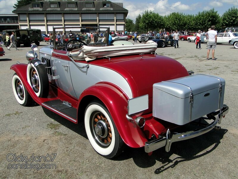oldsmobile-six-roadster-1932-02