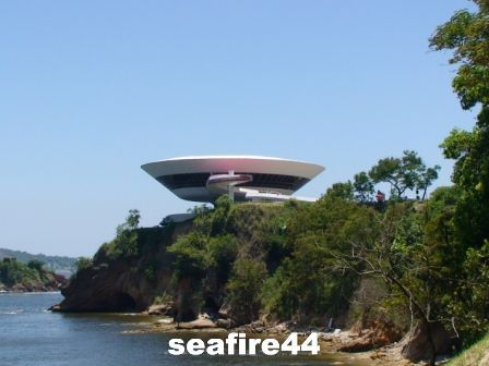 niteroi_mus_e_art_contemporain_317_01