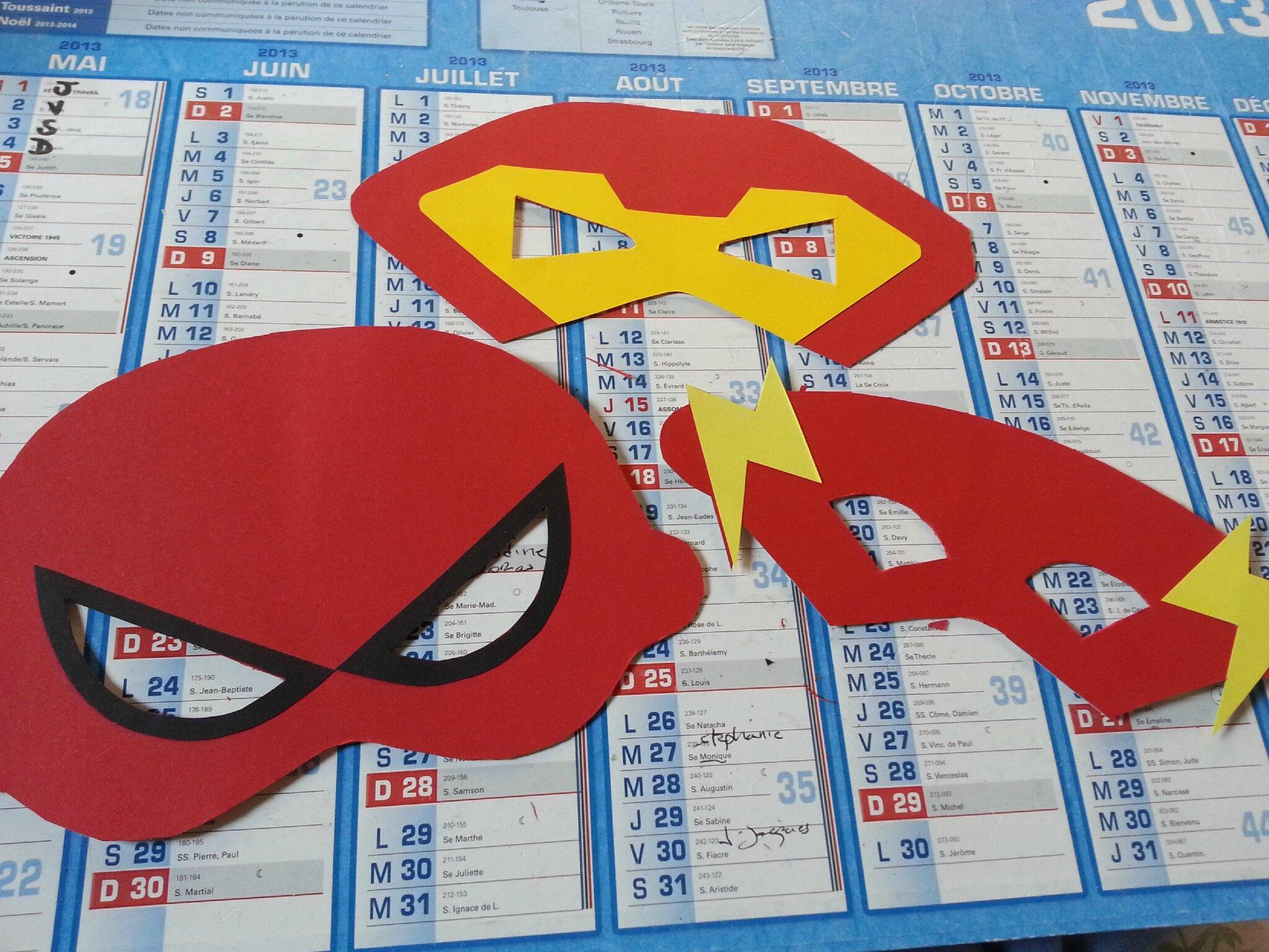Création de masques super héros