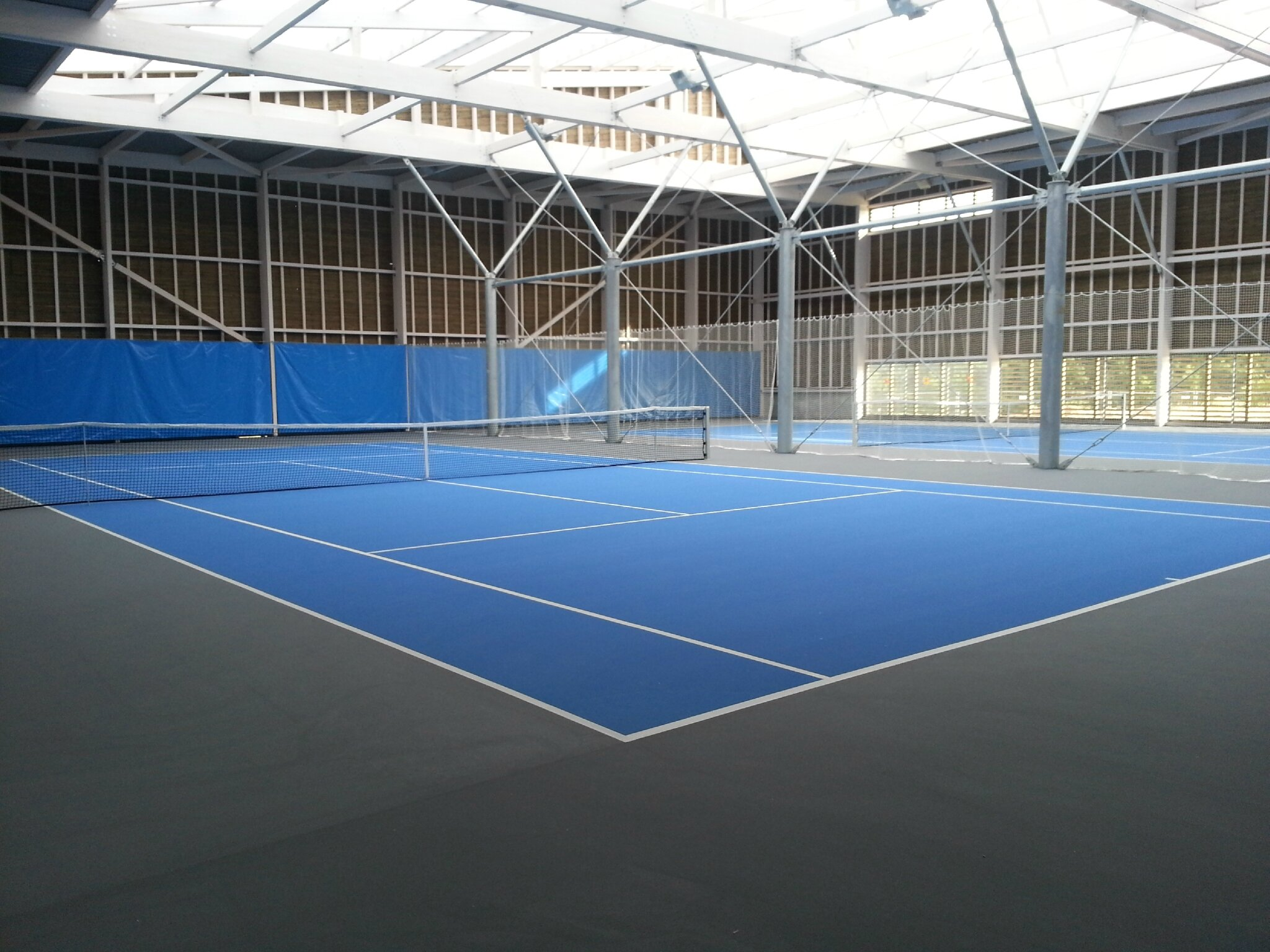 pole_tennis_interieur